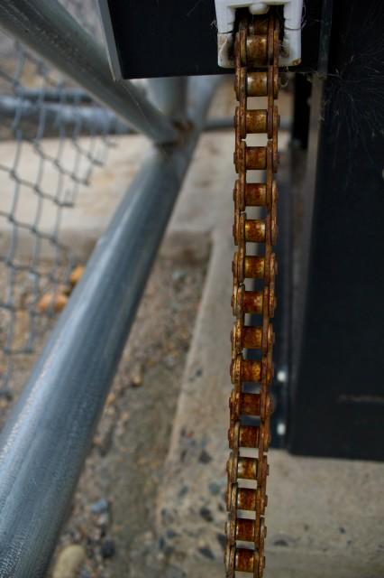 rusty chain link line sausage
